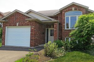 SOLD in 2 DAYS with 6 OFFERS! Welland North