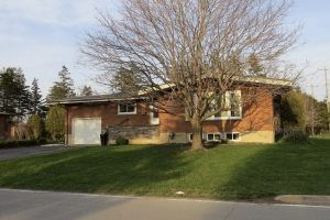 SOLD! 2 Hawthorne Blvd, Port Colborne $259,900